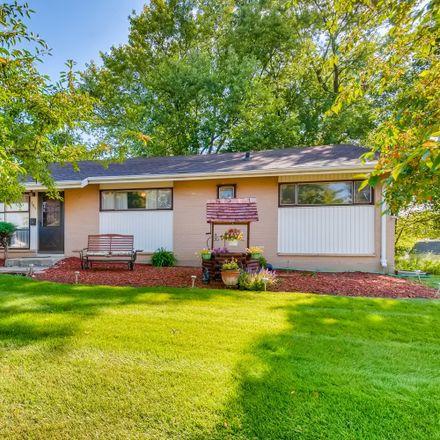 Rent this 3 bed house on 795 Evanston Street in Hoffman Estates, Schaumburg Township