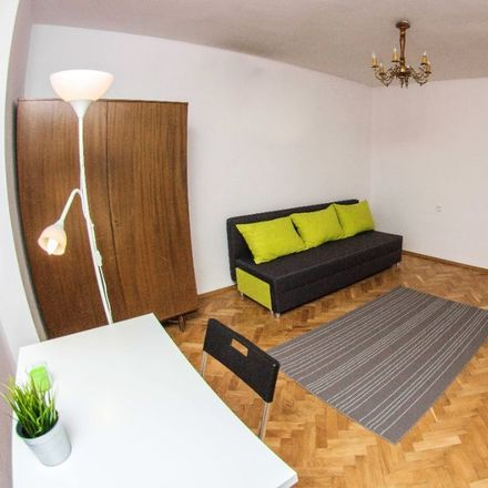Rent this 3 bed room on Platynowa 4 in 00-808 Warsaw, Poland