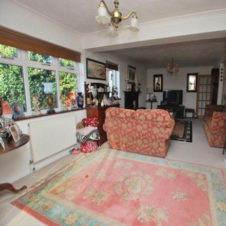 Rent this 3 bed house on Heath Park Road in Heath & Reach LU7 3BB, United Kingdom
