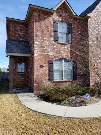 Rent this 3 bed townhouse on 1550 L'Acadie in Lake Charles, LA 70605