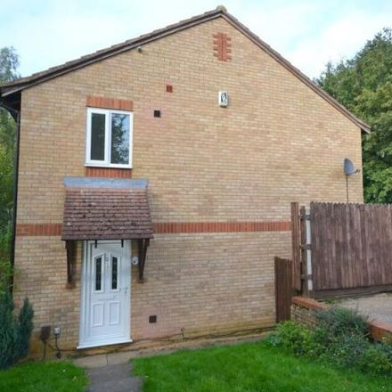 Rent this 2 bed house on Pine Ridge in Northampton, NN3 5LL