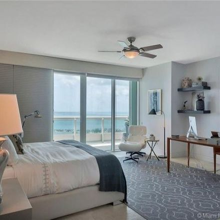 Rent this 4 bed condo on Santa Maria in 1643 Brickell Avenue, Miami