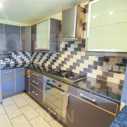 Rent this 3 bed apartment on Gloucester Road in London KT1 3ST, United Kingdom