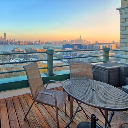 Rent this 2 bed condo on 515 Gregory Avenue in Weehawken, NJ 07086