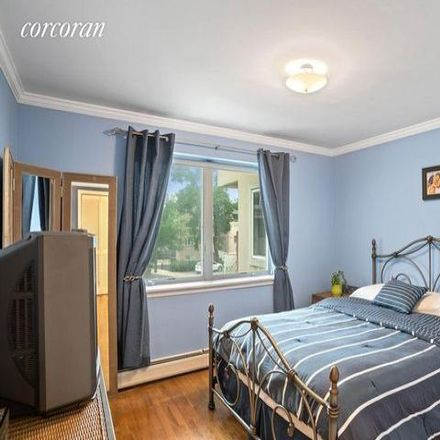 Rent this 5 bed house on 1610 Outlook Avenue in New York, NY 10465