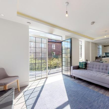 Rent this 2 bed apartment on 82 Chandos Way in London NW11 7HF, United Kingdom