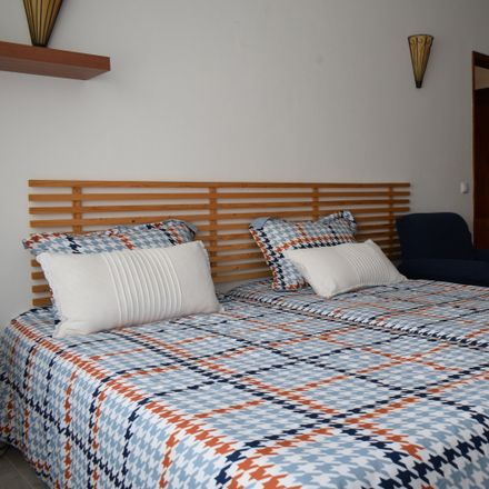 Rent this 1 bed house on 8005-214 Montenegro