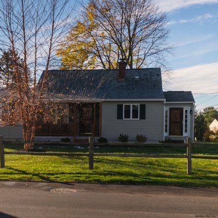 Rent this 3 bed house on Hagaman Ave in Amsterdam, NY