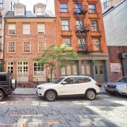Rent this 2 bed loft on 273 Water Street in New York, NY 10038