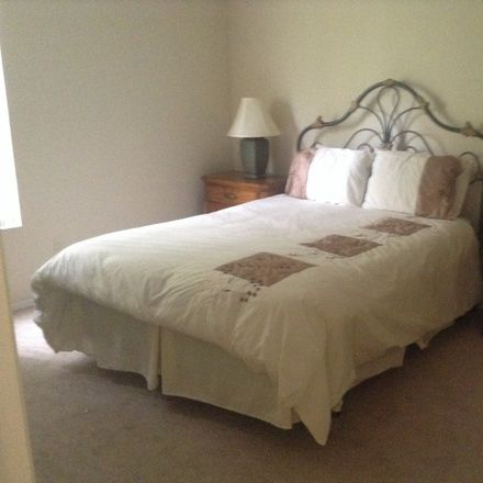 Rent this 1 bed house on FL