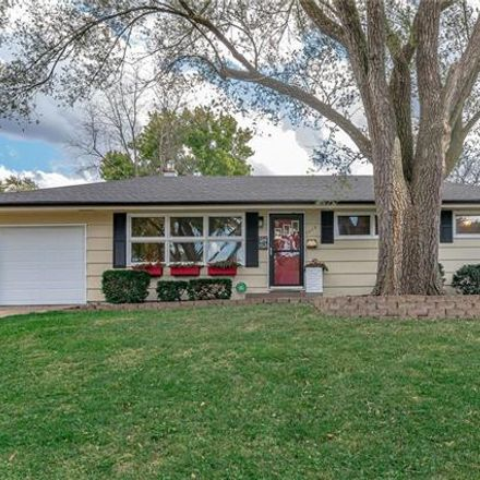 Rent this 3 bed house on 6019 West 54th Terrace in Mission, KS 66202