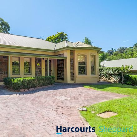 Rent this 3 bed house on 61/5 Mount Barker Rd