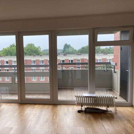Rent this 2 bed apartment on Hamburg in Schnelsen, HAMBURG