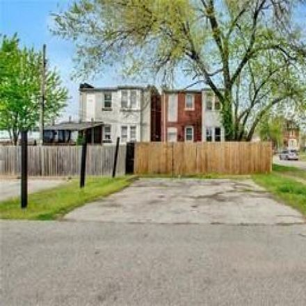 Rent this 3 bed house on 991 Catalpa Street in City of Saint Louis, MO 63112