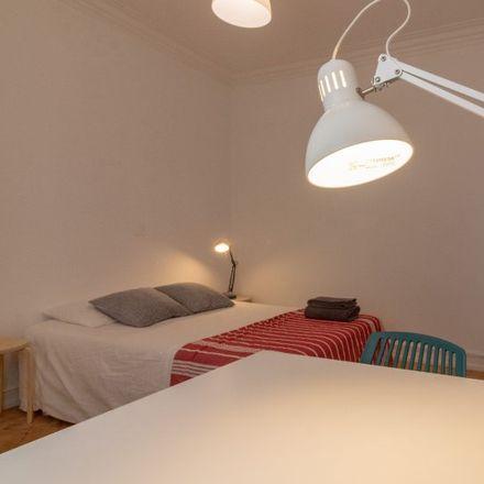 Rent this 3 bed apartment on Rua de Arroios 93 in 1150-053 Lisbon, Portugal