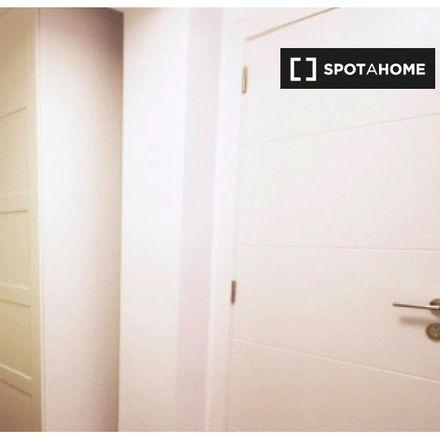 Rent this 5 bed apartment on Avinguda del Primat Reig in 123, 46020 Valencia
