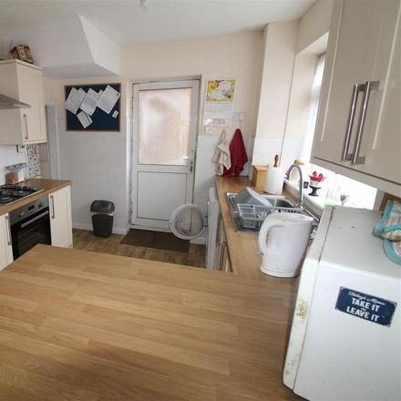 Rent this 3 bed house on King Street in Dunstable LU5 4BJ, United Kingdom