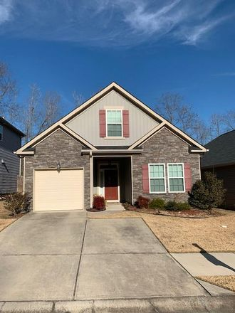 Rent this 3 bed house on Kennesaw Way in Grovetown, GA