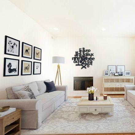 Rent this 1 bed apartment on Elliott Condominium in 4392 Maryland Avenue, St. Louis