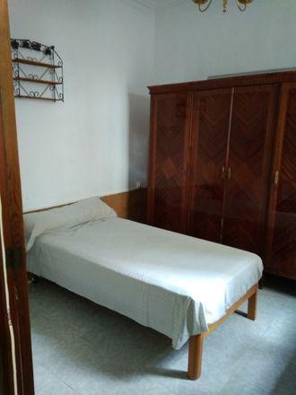 Rent this 4 bed room on Carrer de la Barrera in 41, 07014 Palma