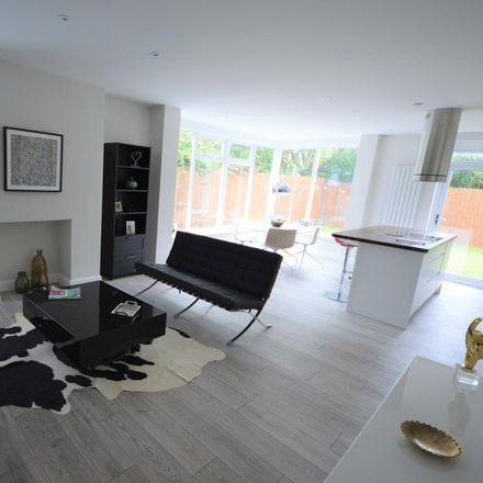 Rent this 3 bed house on Heaton Road in Stockport SK4 2PN, United Kingdom
