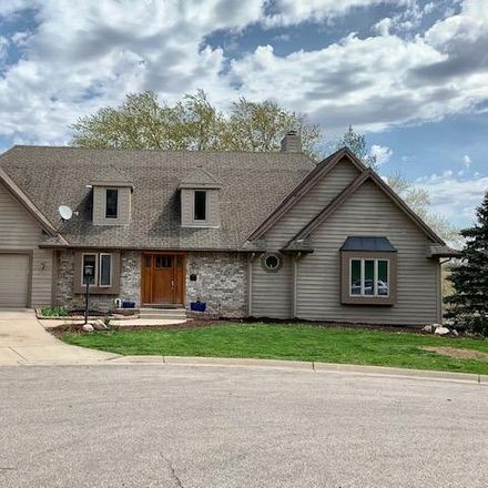 Rent this 4 bed house on 11 Brian Court in Watertown, WI 53094