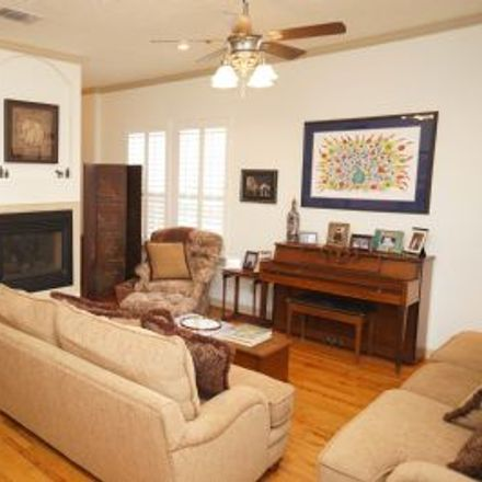 Rent this 3 bed house on 1110 West 22nd Street in Houston, TX 77008