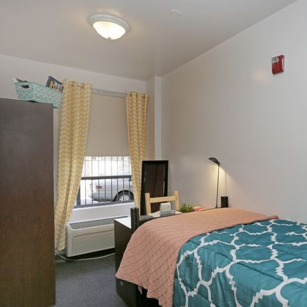 Rent this 3 bed room on 1 Kenilworth Pl in Brooklyn, NY 11210