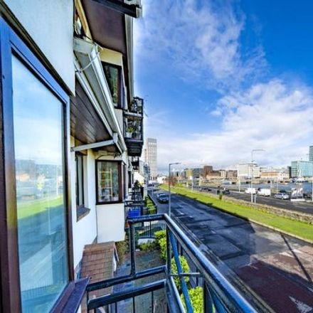 Rent this 2 bed apartment on Alexandra Quay in York Road, Ringsend