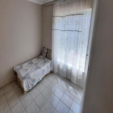 Rent this 3 bed house on Norman Eaton Avenue in Philip Nel Park, Pretoria