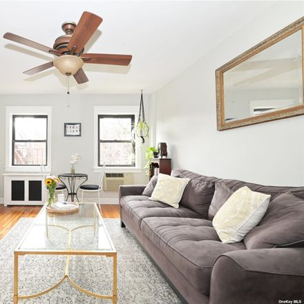 Rent this 1 bed condo on 216th St in Bayside, NY
