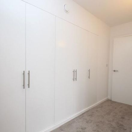 Rent this 2 bed apartment on Broadview in Farnborough Common, London