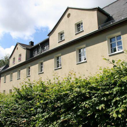Rent this 2 bed apartment on TUS1861 Chemnitz Altendorf in Waldenburger Straße 66, 09116 Chemnitz