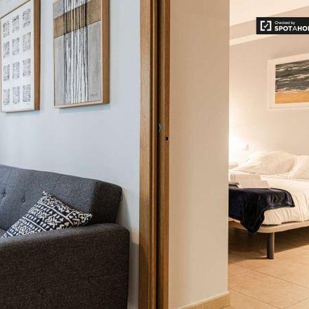 Rent this 1 bed apartment on Carrer del Poeta Llombart in 46001 València, Valencia