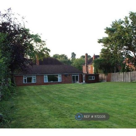 Rent this 4 bed house on Stone Road in London, BR2 9AX
