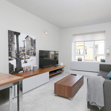 Rent this 1 bed apartment on Luxborough House in Luxborough Street, London W1