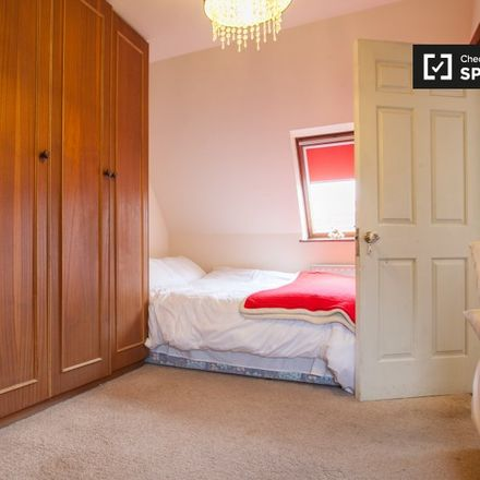 Rent this 6 bed apartment on 2 Rockville Drive in Glencullen ED, Dublin 18
