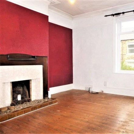 Rent this 3 bed house on Thorpe Road in Leeds LS28 7NL, United Kingdom