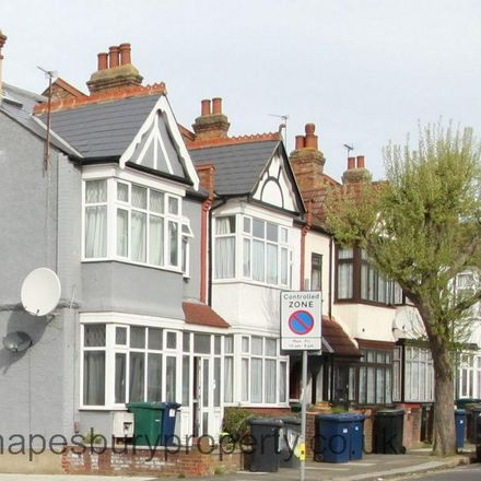 Rent this 2 bed apartment on Vicarage Road in London NW4 3PR, United Kingdom