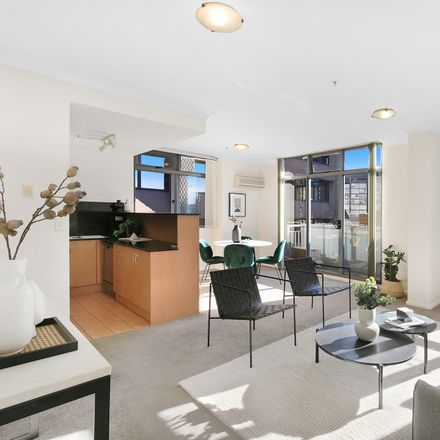 Rent this 1 bed apartment on 70/2 Brisbane  Street