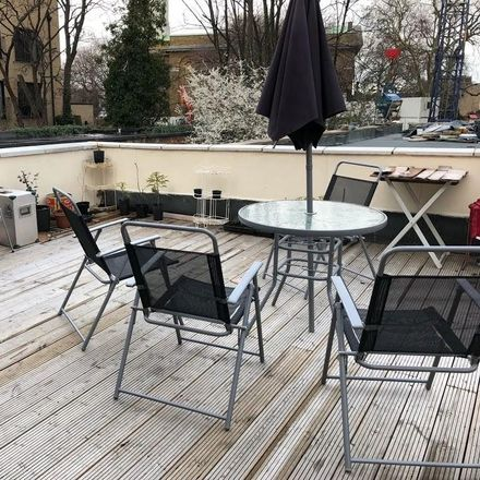 Rent this 2 bed apartment on Snappy Snaps in Mare Street, London E8 1HT