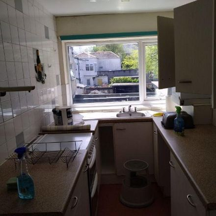 Rent this 3 bed apartment on Basset Road in Camborne TR14 8, United Kingdom