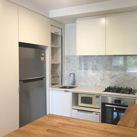 Rent this 2 bed apartment on 204/712-714 Station Street
