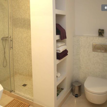 Rent this 2 bed apartment on Calle Descalzos in 41003 Sevilla, Spain