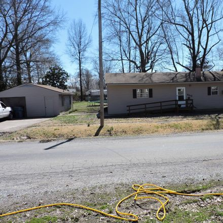 Rent this 2 bed house on 400 Missouri Avenue in Carterville, IL 62918