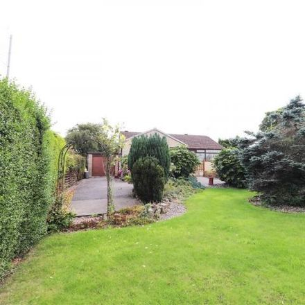 Rent this 3 bed house on Barnfield Care Home in Heath Road, Holmewood S42 5PL