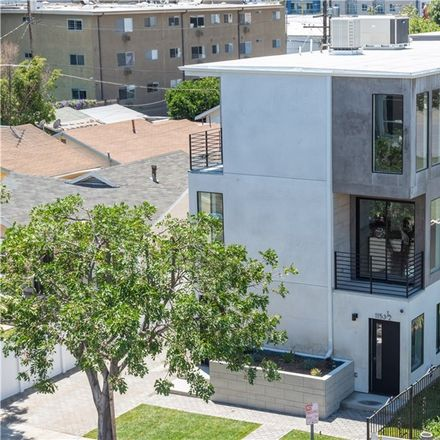 Rent this 4 bed townhouse on 1153 North Orange Drive in Los Angeles, CA 90038