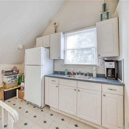 Rent this 4 bed house on 138 Broadway in West Babylon, NY 11704