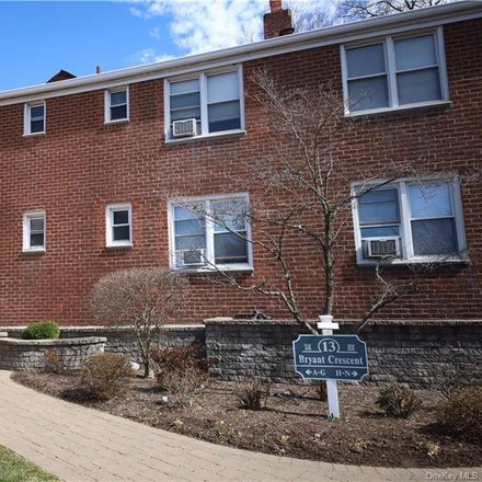 Rent this 2 bed condo on 13 Bryant Crescent in White Plains, NY 10605