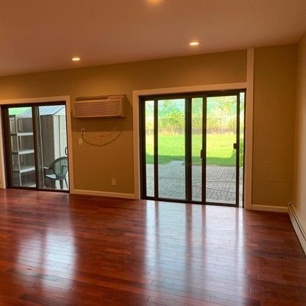 Rent this 2 bed condo on College Point